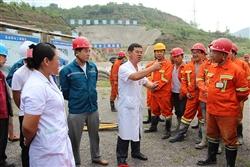东山供贝博程TBM4标项目部举行隧洞坍塌应急救援演练活动